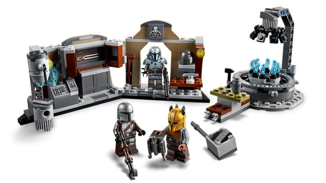 LEGO Star Wars The Armorer's Mandalorian Forge