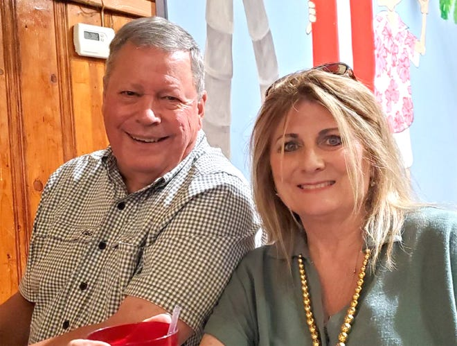 James and Donna (Bryan) Whitehill of Augusta, KS, married August 15, 1971, celebrated their 50th wedding anniversary with over 90 family and friends in attendance.