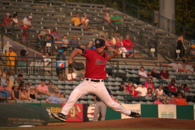 Former St. John's star Ian Seymour pitching for the Charleston RiverDogs.