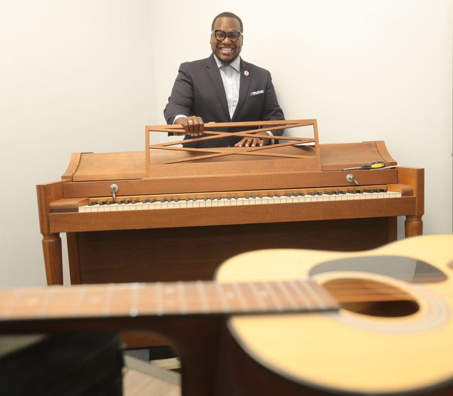 Jonathon Turner is the founder of the Urban Choral Initiative, which brings music theory education to inner-city student musicians. The nonprofit has recently moved into a new home in Tallmadge, where it will offer year-round programs.