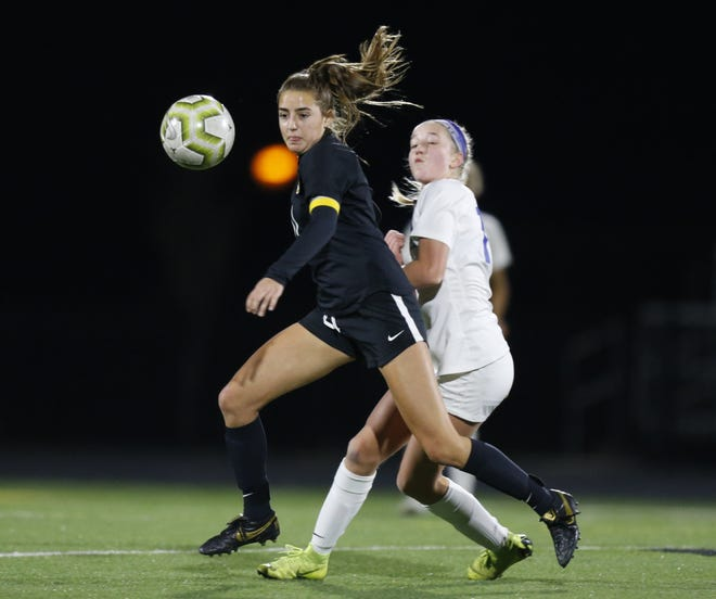 Senior midfielder Cecilia Dapino returns to help lead the Upper Arlington offense after scoring eight goals a year ago.