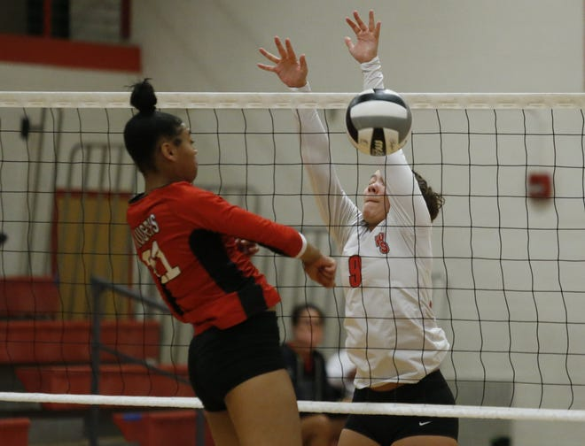 Senior outside hitter Colleen Morrison (9) is one of the top returnees for South and first-year coach Summer Hale. The Wildcats are seeking their first winning season since 2007.
