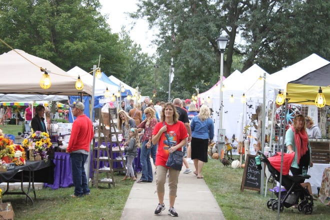 Orion Fall Festival's arts and crafts show drew a crowd to Central Park in 2019. Booths and tents will fill the western half of the park on Friday, Sept. 3; Saturday, Sept. 4, and Sunday, Sept. 5.