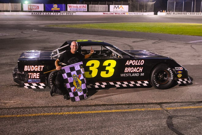 Flat Rock's Greg Studt was crowned the track champion in the ARCA DTS Drive Train Specialists Street Stock A Main division at Flat Rock Speedway on Saturday night.