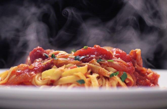 Puteți avea tot ce aveți nevoie pentru a pregăti o cină delicioasă ca aceasta la The Italian Corner din East Providence.