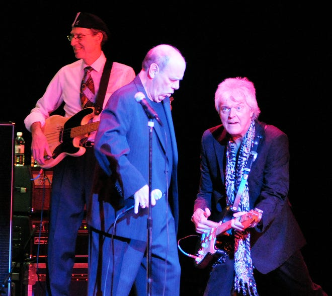 """D.A. """"Lefty"""" Foster, left, and Cliff Goodwin, right, perform as the Mohegan Sun All-Stars at The Hanover Theatre in 2011."""