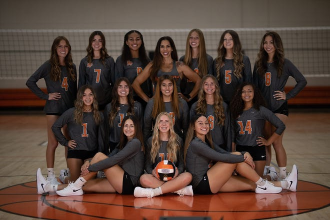 The Apple Valley volleyball team swept Adelanto in the home opener Monday night and improved to 2-0 on the season.