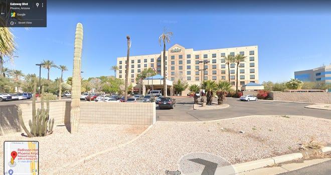 Radisson Hotel Phoenix Airport.