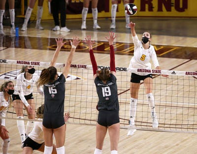 Outside hitter Iman Isanovic (5) returns for Arizona State volleyball after leading in points in the spring 2021 season.