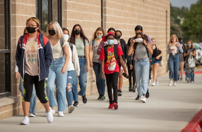 The Round Rock school board approved onTuesday night to limit who canopt-out on the district'smask mandate. Any students or staff that wish to opt-out must now require documentation of a medical or developmental to mask wearing.
