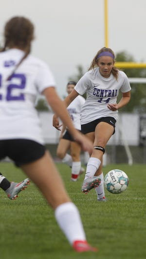 After winning a second consecutive OCC-Buckeye championship, junior midfielder Emma Morton and Central are working to adapt to the system of new coach Zach Arefi.