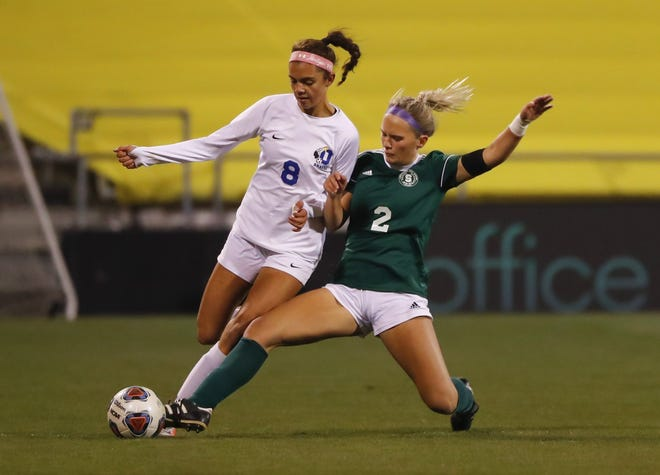 Junior forward Olivia Heskett and Olentangy are seeking a return trip to the Division I state tournament after losing 3-1 to Strongsville in last season's championship game. The Braves finished 18-3-2.