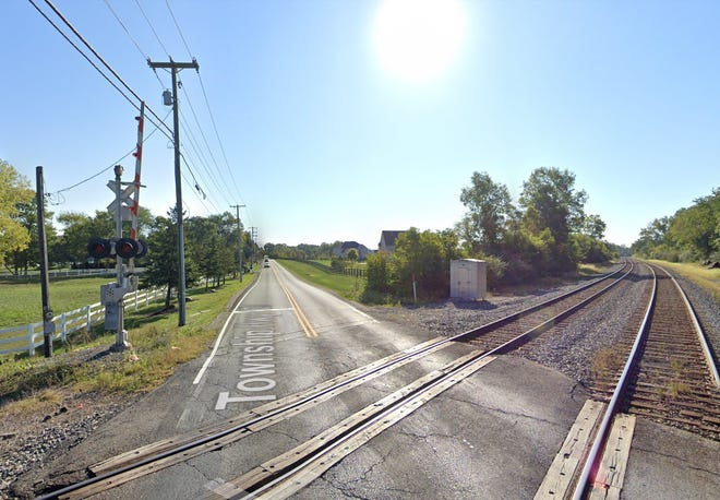 A gravel bike trail will be installed along Jewett Road in Liberty Township in the spring. The trail will run from the roundabout at Jewett and Liberty roads to the railroad tracks and then beyond the tracks to the Derby Glen Farms subdivision.