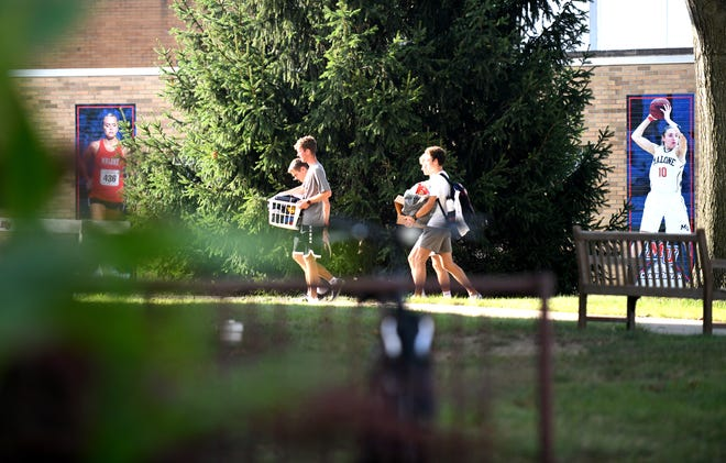 First-year Malone University students moved into their residence halls Wednesday as Stark County universities and colleges are ready to begin fall classes. Malone, like many local campuses, has returned to pre-pandemic rules with optional mask requirements, no vaccination mandate and returned in-person social activities.