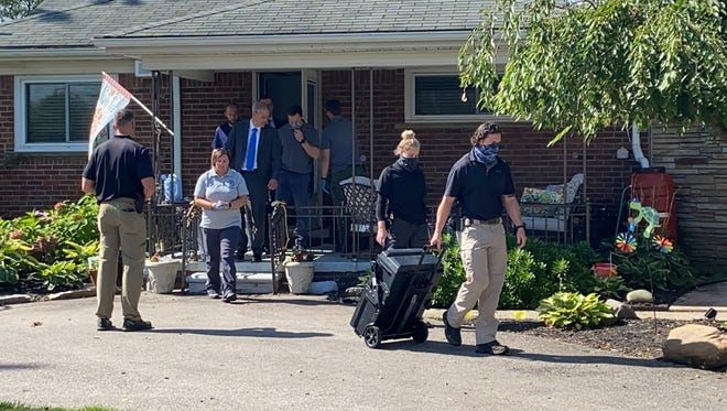 FBI agents and Michigan State Police are on the scene at Detroit Councilman Scott Benson's house on the east side of Detroit. The FBI executed a search warrant this morning at the homes of Councilwoman Janee' Ayers and Councilman Scott Benson as well as at Detroit city hall, a spokeswoman for the federal law enforcement agency said.