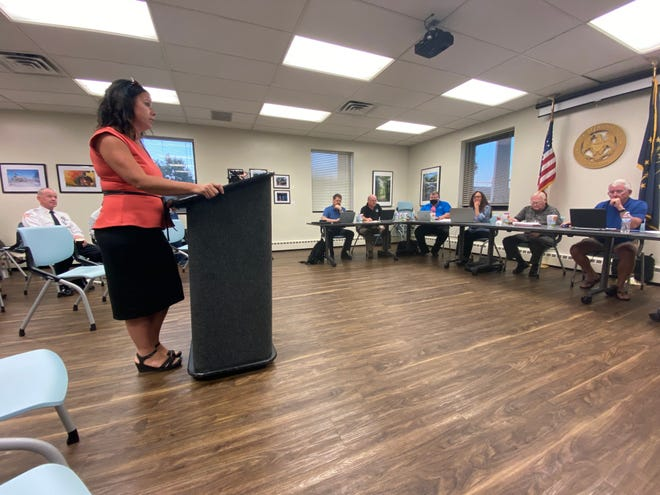 Denise Retz, the city's parks superintendent, presents the Richmond Parks and Recreation Department's 2022 budget request to Richmond Common Council members during a Committee of the Whole meeting Tuesday, Aug. 24, 2021.