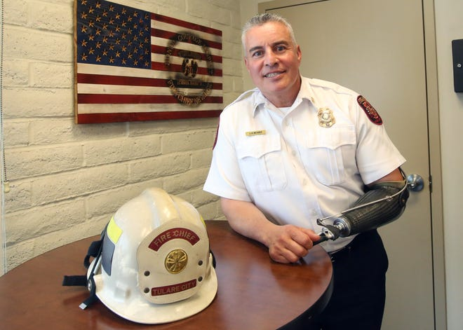 Luis Nevarez retires after 32 years with the Tulare Fire Department. Nevarez served as chief of the squad since 2018.
