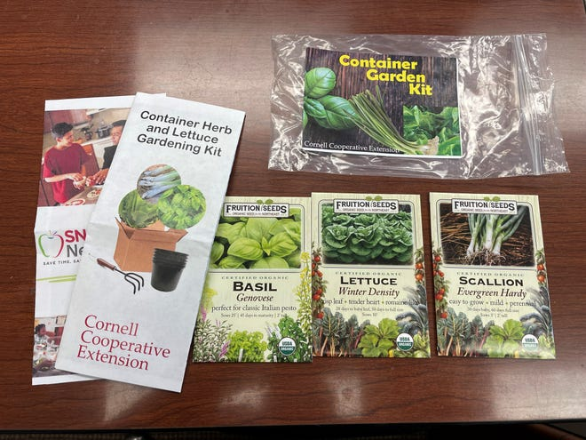 The free do-it-yourself gardening kits come with everything you will need to grow tasty and healthy lettuce and herbs indoors. The kits are free and are available at the CCE-Yates County office.  Each kit includes planting containers and drain trays, potting mix, and packets of seeds including sweet Italian basil, green onion, and lettuce.