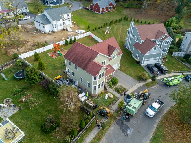 Home geothermal systems can even be installed on small residential lots.