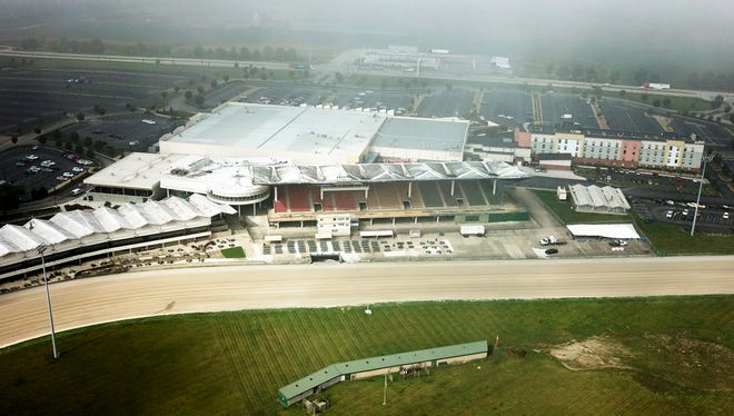 The grandstand at Scioto Downs is no longer viable, according to a report by inspectors.