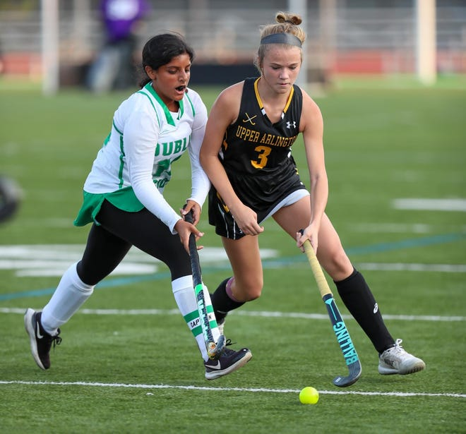 Junior all-state midfielder Emily Barker, who has committed to Ohio State, has developed into a leader for the Golden Bears.