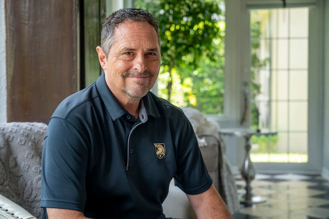 Retired U.S. Army Civilian contracting officer Greg Tetter at his home in Mount Dora.