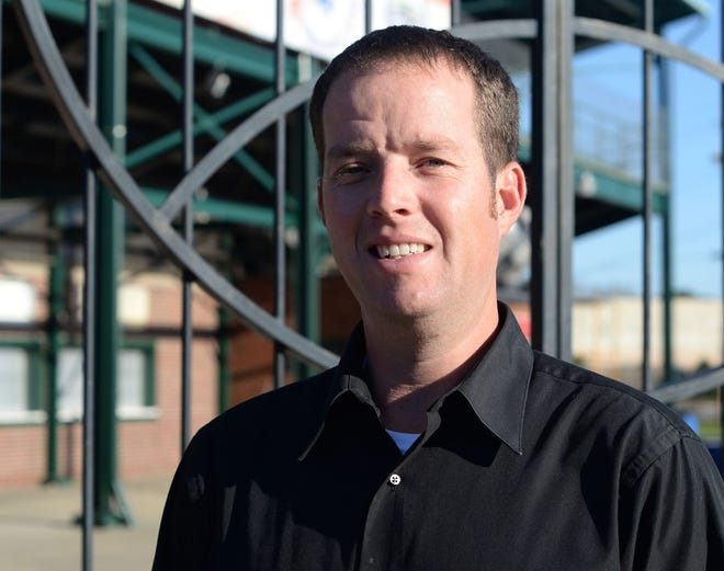 Jon Clemmons, a Swansboro native, has been named General Manager of the Down East Wood Ducks.