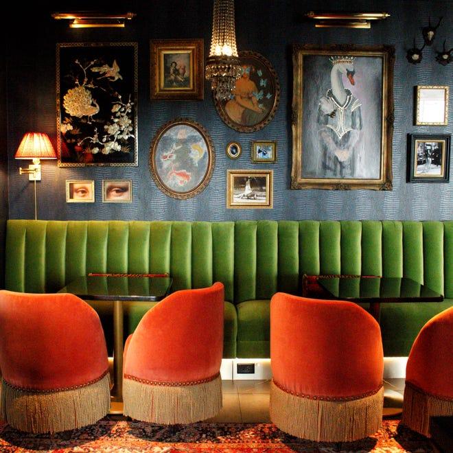 Tiger and Peacock è un bar sul tetto in cima al The Memphian Hotel in Overton Square.