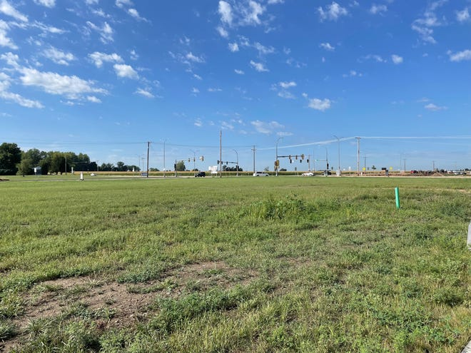 A view of developable land on the northeast corner of West 41st Street and Tea/Ellis Road. August 26, 2021.