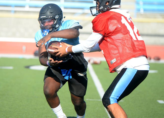 Moorpark College running back Bruce Mathis, a freshman from Buena High, scored his first collegiate touchdown Saturday night in a 55-21 loss to host Grossmont College.
