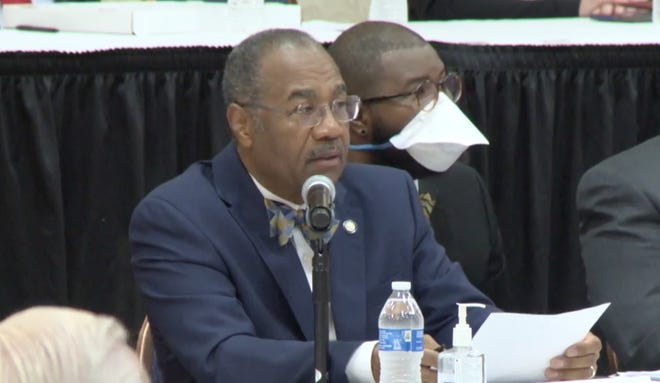 State Sen. Vernon Sykes, D-Akron, leads a meeting of the Ohio Redistricting Commission on Friday at the University of Akron. Sykes is co-chair of the commission.