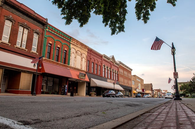 A view down Court Street in downtown Pekin. According to the 2020 census, the city's population dropped by more than 2,000 people since 2010.