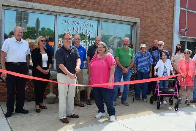 With a ceremonial ribbon cutting on Tuesday, Aug. 24, Indiana Michigan Power donated its former service center building to Hartford City government.