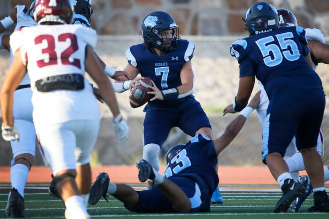 Chapin's Mason Standerfer during the game against Andress Thursday, Aug. 26, 2021, at Austin High School in El Paso.