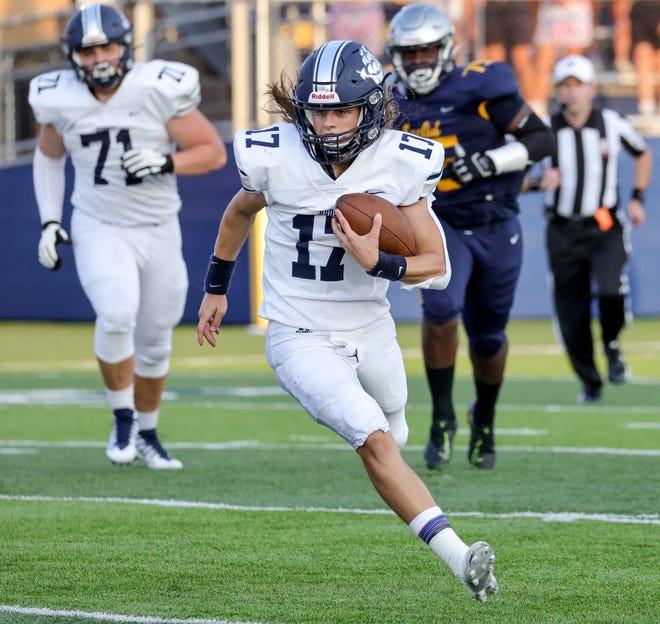 Hudson quarterback Jagger Pallay