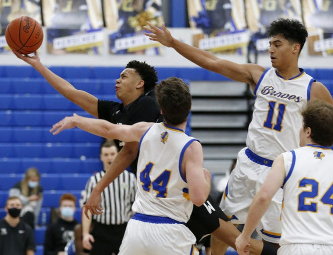 Westerville Central's Donovan Hunter goes up for a shot against Olentangy last season.
