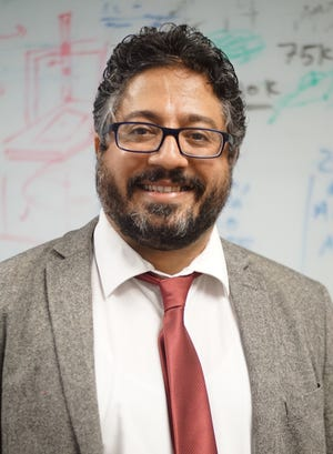 Assistant Professor of Civil Engineering Ehsan Dehghan-Niri is the lead for a $3 million consortium devoted to develop a workforce of under-represented minority students ready for careers to ensure quality control of new generation materials and processes used in advanced manufacturing.