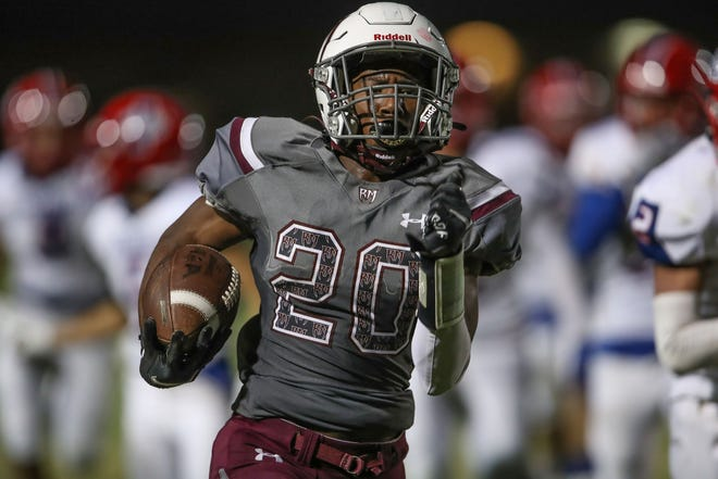 Rancho Mirage running back Ziere Revis runs for a touchdown against Indio in Rancho MIrage, August 27, 2021.