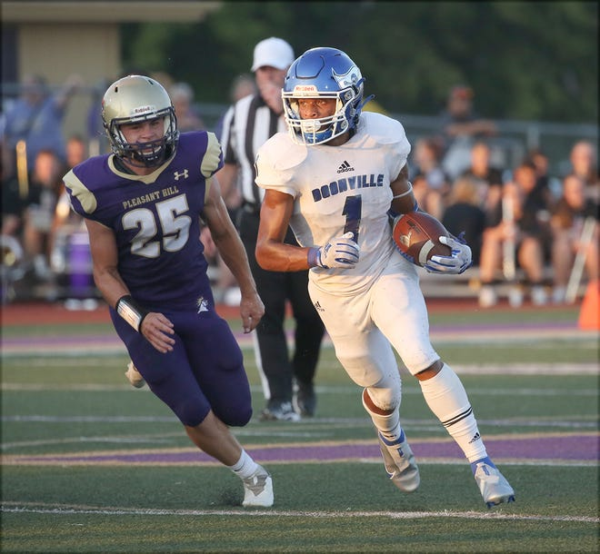 Boonville senior running back DaWan Lomax had a big night rushing the ball for the Pirates Friday night in the season opener against Pleasant Hill. In only 16 carries, Lomax rushed for 176 yards and two touchdowns in a 43-35 loss to the Roosters.