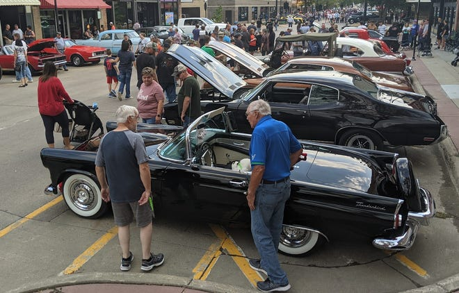 As usual, the annual Sizzlin' Summer Nights car and bike show drew a big crowd to downtown Aberdeen Saturday night.