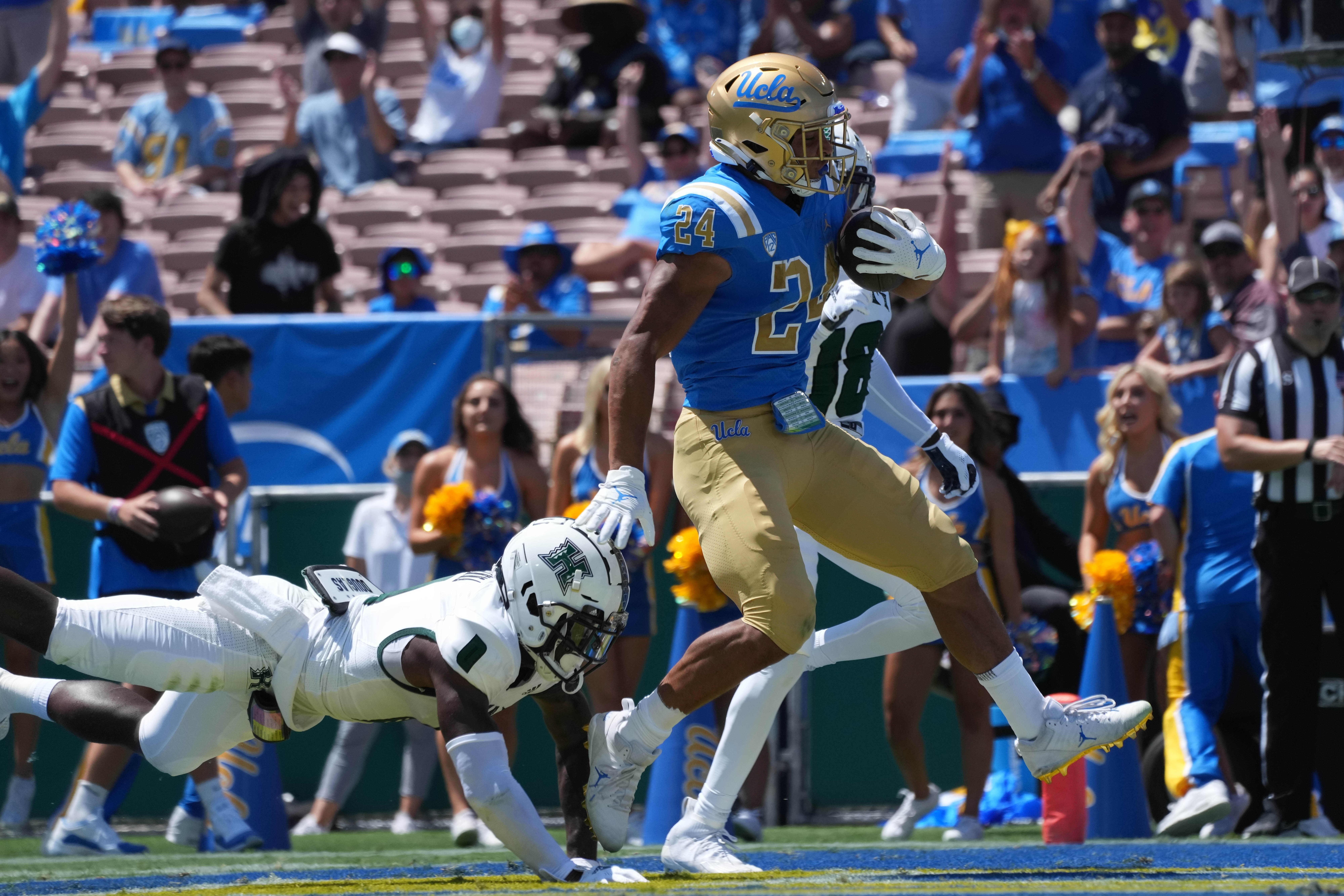 College football winners and losers: Illinois surprises, UCLA rolls, Nebraska falls again