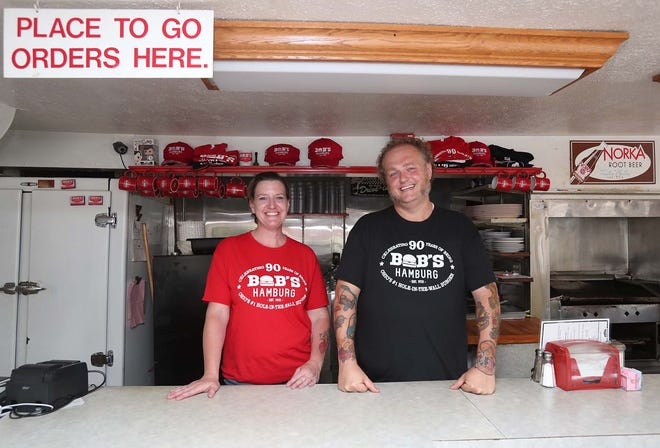 Alicia Kennedy and Charly Murphy are the new operators of Bob's Hamburg. The two are finalizing their purchase of the iconic Akron eatery.