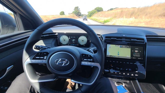Like the Tucson SUV with which it shares a platform, the 2022 Hyundai Santa Cruz comes with all the latest electronics like adaptive cruise control and smartphone app connect.