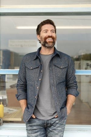 Josh Turner, a well recognized country artist, will be performing at the Stefanie H. Weill Center on September 1, 2021.