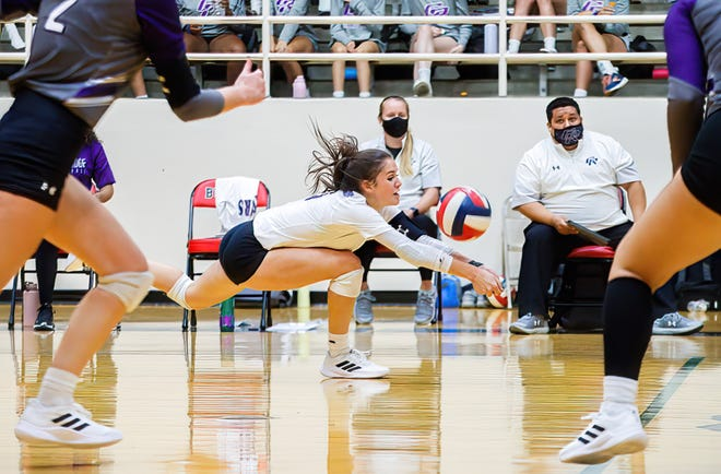 Cedar Ridge libero Alyssa Clark earned all-tournament honors and helped the Raiders place second in the highly regarded Texas Showdown Invitational in Smithson Valley.