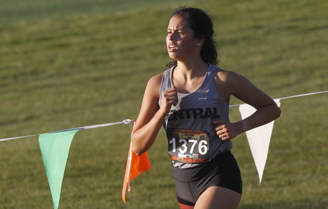 Senior Tara Will is the top returnee for Central and new coach Heather Sandvik, who is a 2015 graduate of North and a former Division I state qualifier. Will qualified for state last season.