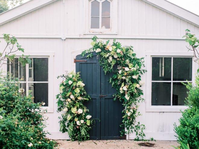 A floral installation by Fezz & Hazel