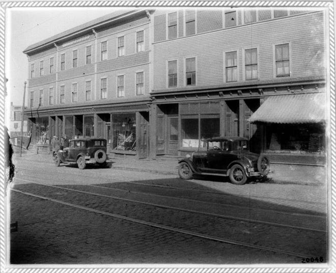 Here's what Dorchester Avenue looked like in 1931. Learn more from Digital Commonwealth at www.digitalcommonwealth.org.