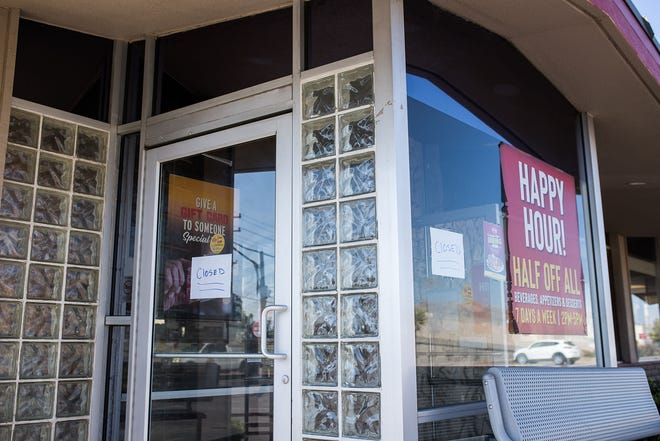 A fire broke out at the Denny's restaurant, 6144 Gateway Blvd. E., in Central El Paso near Bassett Place on Tuesday morning, Aug. 31, 2021.