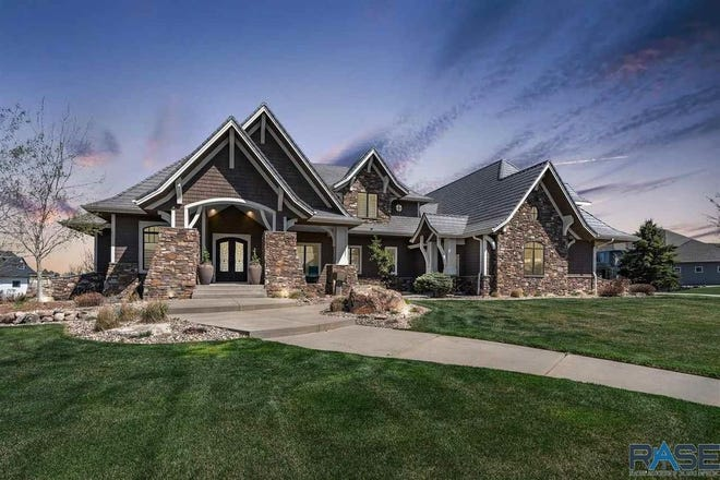 The top sale was a $1.9 million home at 2500 W. Timber Oak Trail in southern Sioux Falls.